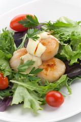 Scallop Salad With Saffron Dressing