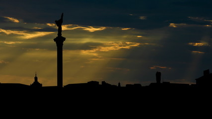Ukraine Kiev Maidan Nezalezhnosti sunbeams