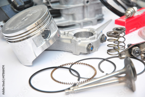 engine spare part_3