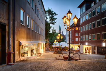 Fussgängerzone Nürnberg am Abend, Deutschland