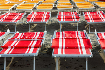 red and yellow beach chairs