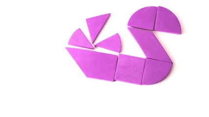 Geometrical figures move on screen and form pink heart