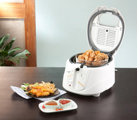 Let's do your chicken fried by using deep fryer machine