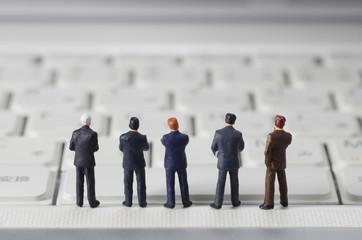 ビジネスマンとキーボード