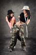 tanzende Frauen