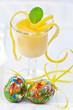 Постер, плакат: Limoncello Creme im Glas zu Ostern