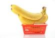 Bananen im Einkauskorb