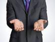 Hombre de negocios dando las manos,pidiendo,saludando.