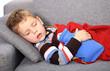 schlafender kranker Junge