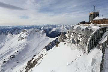 Zugspitze Gipfel Panorama bei Fön Wind