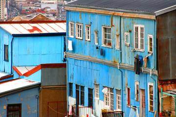 Häuser in der Altstadt von Valparaiso, Chile