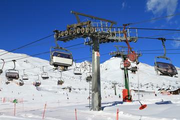 Skilift e seggiovie III