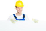 handwerker mit hinweisschild
