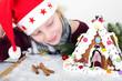 Mädchen mit Hexenhäuschen zu Weihnachten
