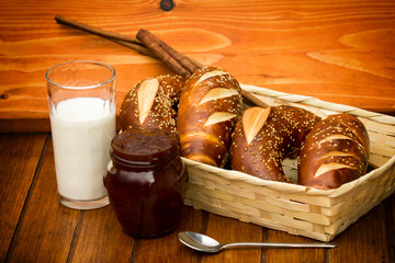 Bavarian roll, jam and milk are good breakfast!