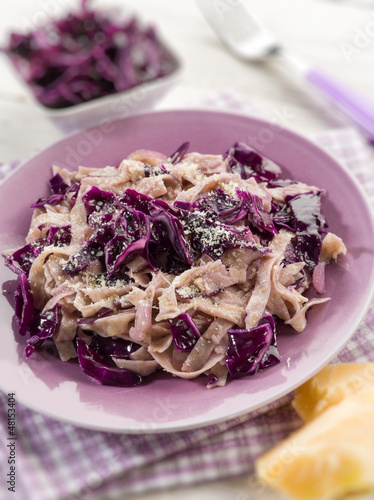 tagliatelle with red cauliflower and parmesan cheese, selective