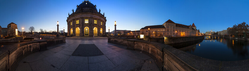 Bode Museum in Berlin als Panoramafoto