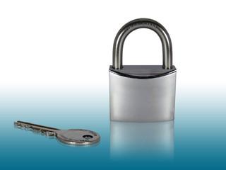 Lucchetto chiuso con chiave