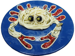 creative pasta food crab shape