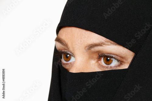 Verschleierte Frau