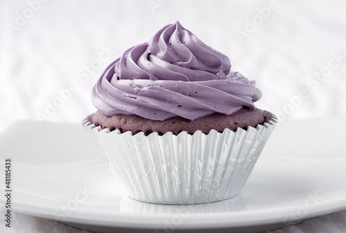 Eatable taro cupcake ready to serve for you