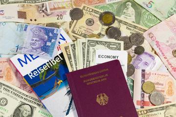 Verschiedene Währungen und Reisepass