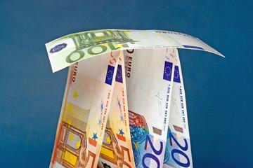 Euro-Kartenhaus, q.