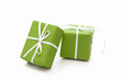 Leinwanddruck Bild - Grüne Geschenke isoliert