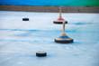 Eisstockschießen an einem Wintertag - 48195639