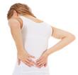 Attraktive junge Frau klagt über Rückenschmerzen