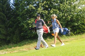 Kontaktpflege auf dem Golfplatz