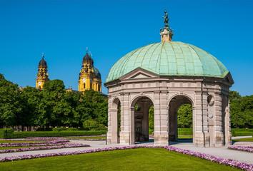 Hofgarten mit Dianatempel München