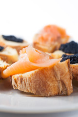 Crostini with salmon and caviar