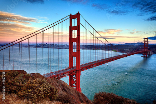 Foto op Plexiglas San Francisco horizontal view of Golden Gate Bridge