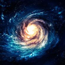 Niewiarygodnie piękna galaktyka spiralna gdzieś w przestrzeni kosmicznej
