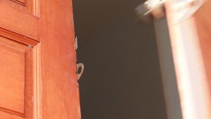 Open and close door