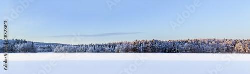Staande foto Scandinavië Winter lake panorama, Finland