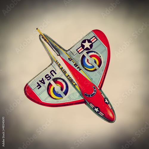 retro tin aircraft