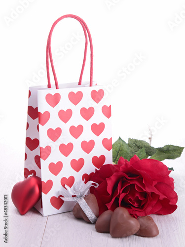 valentine gift and chocolates