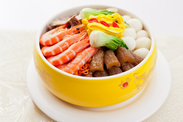 A Guangdong dishes, sea food and poultry