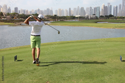 Golf in Dubai GC Al Badia