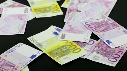 Geldregen Zweihundert Fünfhundert Euro
