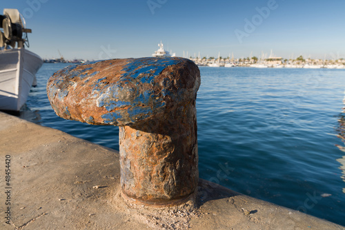 Fishing harbor bollard