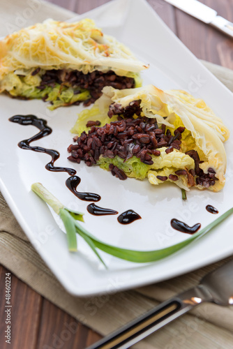 Roulade of cabbage and black rice