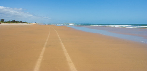 Spiaggia dorata , Kenya