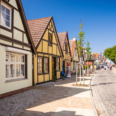 straße in warnemünde