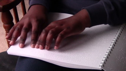 Reading Braille Pamphlet