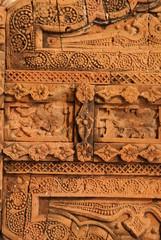 プティア テラコッタタイルの細かなレリーフ