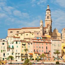 Vue de la vieille ville de Menton, Côte d'Azur, France
