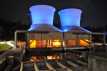 Jahrhunderthalle Bochum Kühltürme
